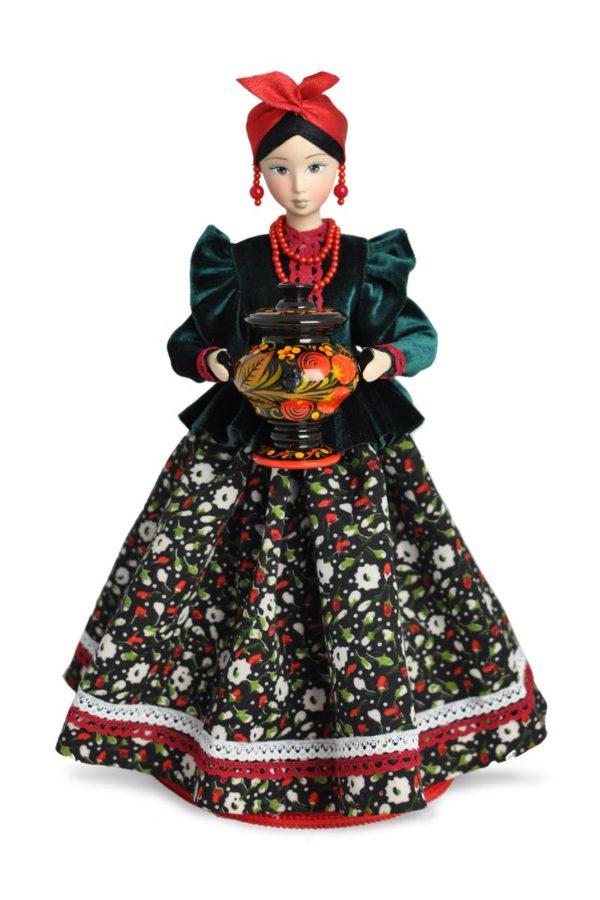 русская народная кукла в национальном костюме
