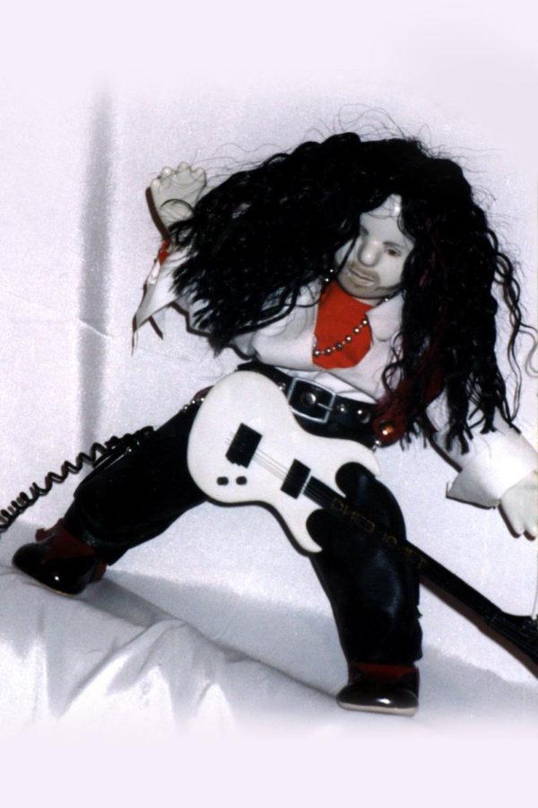 кукла музыкант