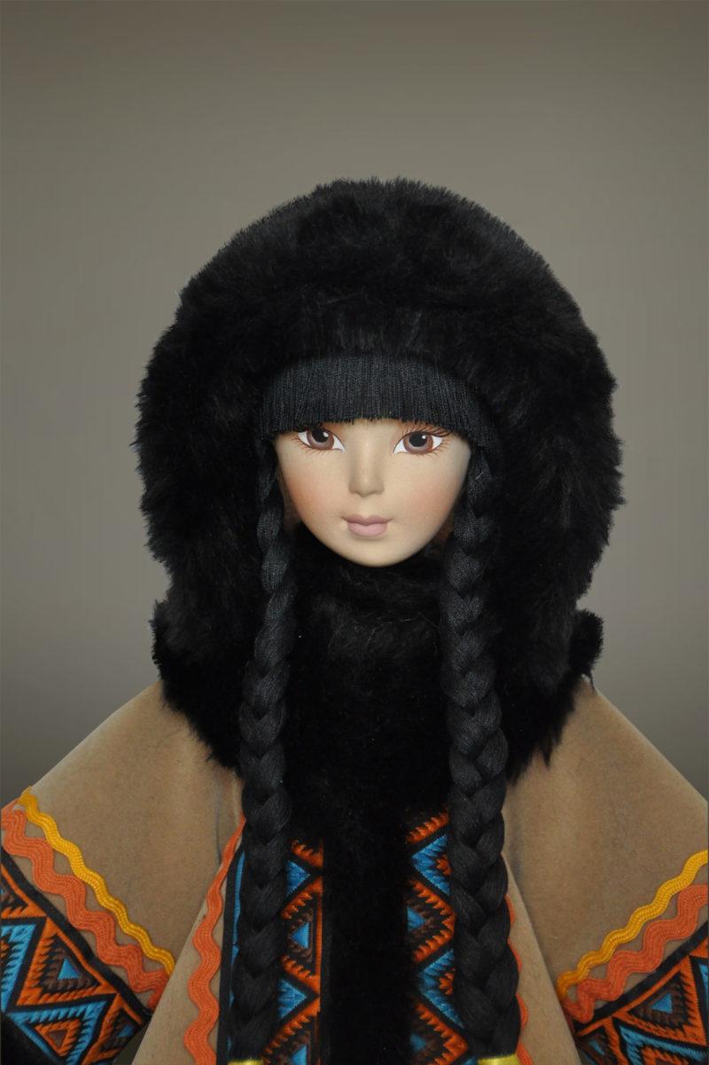 северная кукла в народных костюмах
