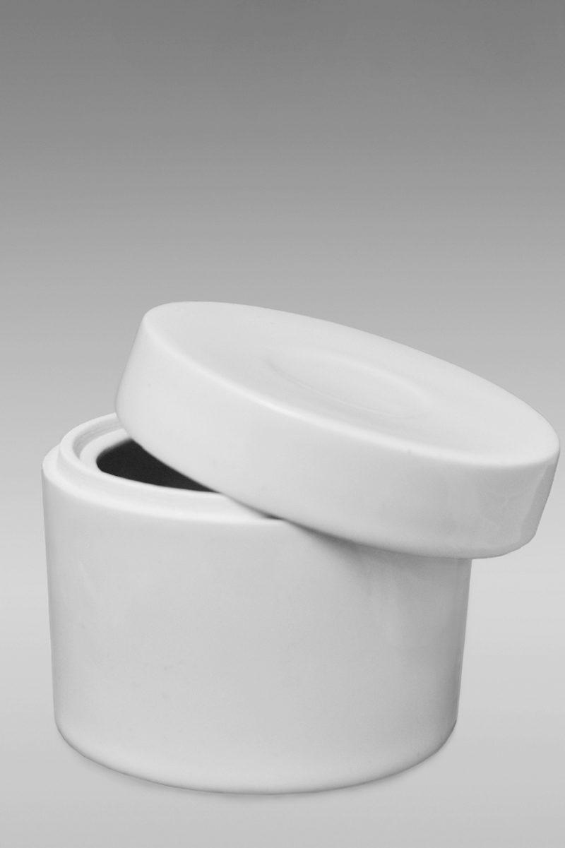 шкатулка фарфоровая белая