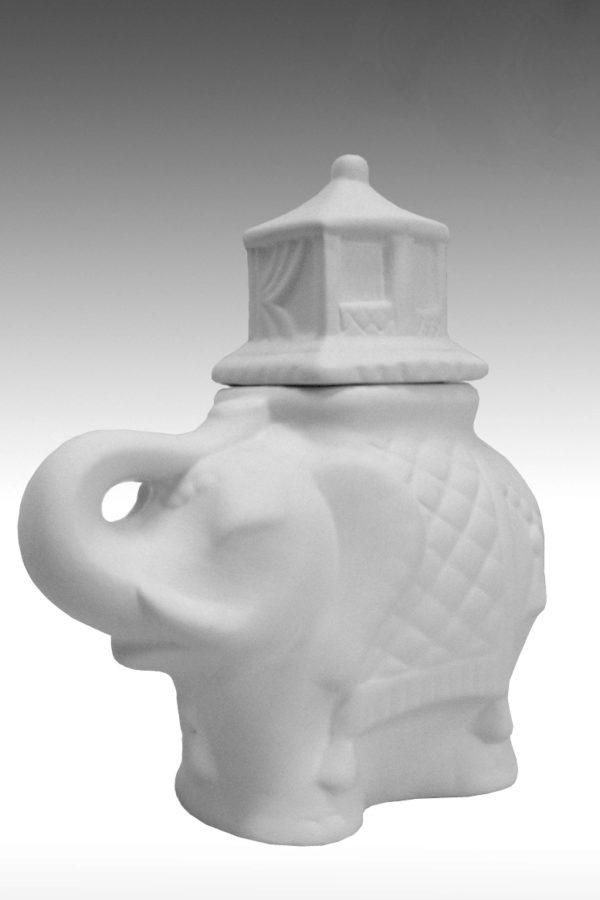 слон фарфоровый белый