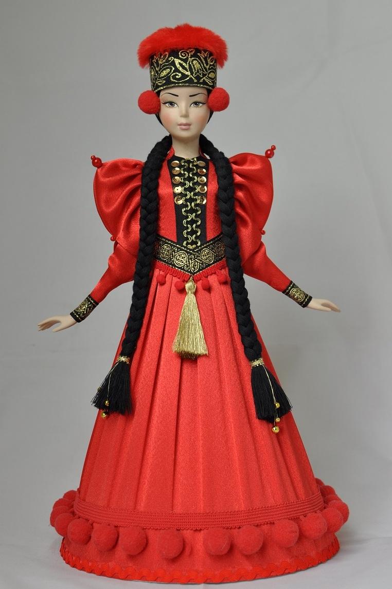 Народные куклы в народных костюмах