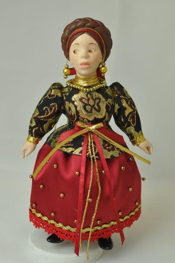 Русская народная кукла в народных костюмах кукла-купчиха